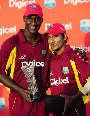 Bishoo Win T20 Award