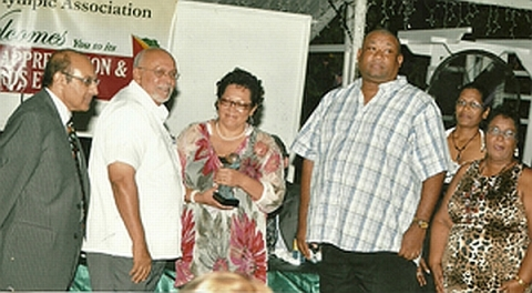 Hilbert Foster Receives Award, 2012