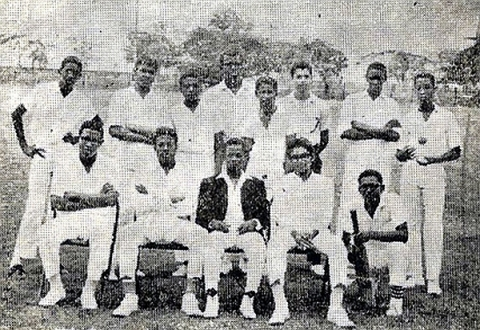 QC Cricket Team, 1967-1968